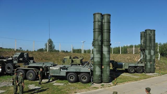 Kho vũ khí đồ sộ mua của Nga trong quân đội Ấn Độ - 1