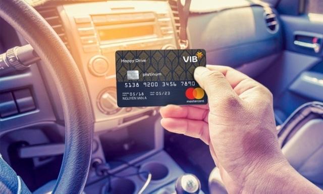 Bí kíp tiêu dùng thông minh cho chủ thẻ tín dụng - 1