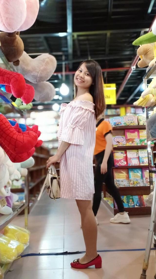 Cô gái một chân từng nổi tiếng mạng xã hội tự tin khoe sắc ở cuộc thi hoa khôi - 7