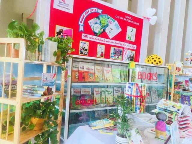 Các trường học Quảng Bình sôi nổi hưởng ứng Ngày Sách Việt Nam - 1