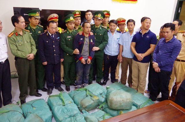 Huyện biên giới Việt - Lào mở đợt cao điểm trấn áp trước cơn bão ma tuý hoành hành! - 1