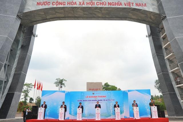 Khánh thành Quốc môn cửa khẩu quốc tế Lệ Thanh - 1