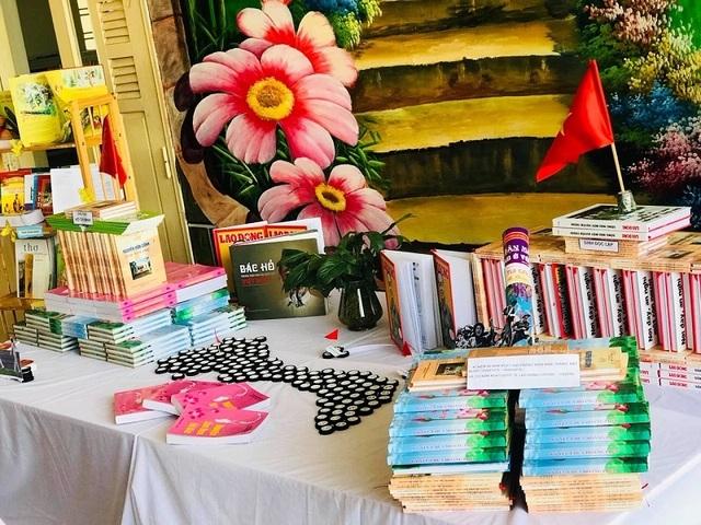 Các trường học Quảng Bình sôi nổi hưởng ứng Ngày Sách Việt Nam - 2