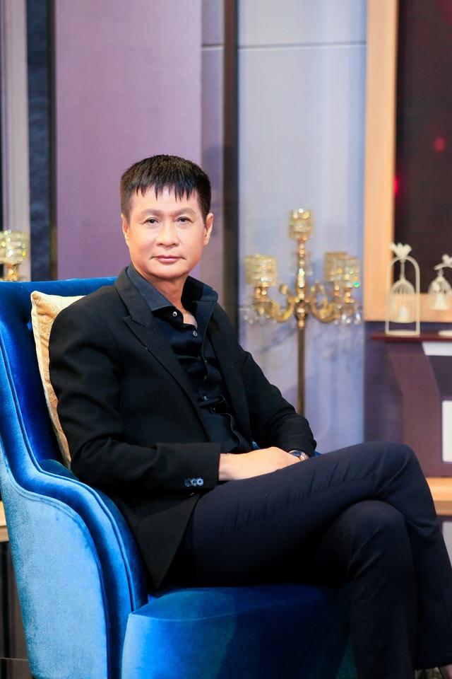 Lê Hoàng gây sốc khi khuyến khích đàn ông Việt nên chụp ảnh khỏa thân - 2
