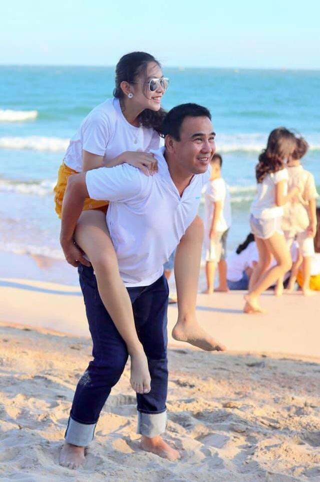 Con gái Quyền Linh ra dáng thiếu nữ xinh đẹp dịu dàng như Hoa hậu tương lai - 9