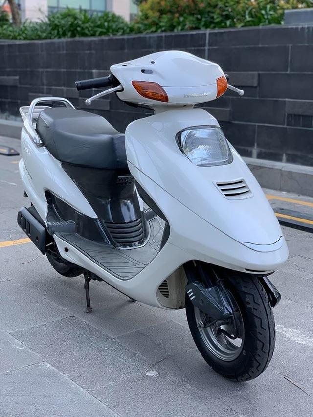 Những chiếc Honda Spacy giá hàng trăm triệu gây sốt - 3
