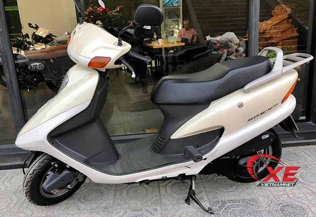 Những chiếc Honda Spacy giá hàng trăm triệu gây sốt - 4