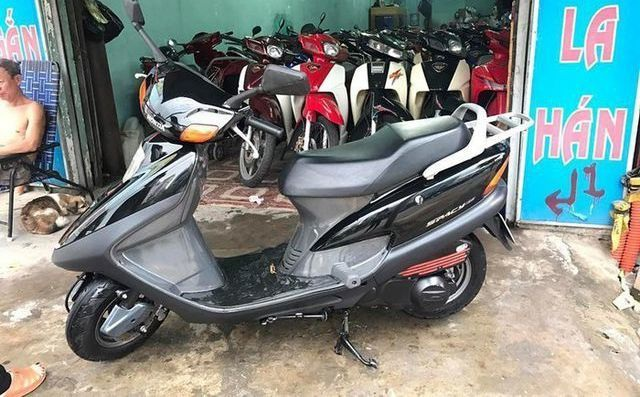 Những chiếc Honda Spacy giá hàng trăm triệu gây sốt - 6