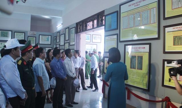 Trưng bày tư liệu khẳng định chủ quyền Hoàng Sa, Trường Sa của Việt Nam - 2