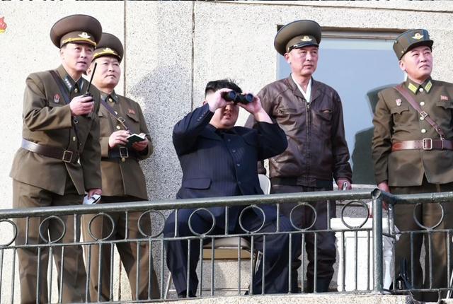 """Tình báo Mỹ nỗ lực """"giải mã"""" vũ khí chiến thuật Triều Tiên vừa thử nghiệm - 1"""