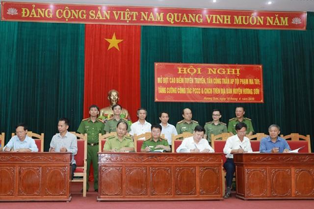 Huyện biên giới Việt - Lào mở đợt cao điểm trấn áp trước cơn bão ma tuý hoành hành! - 3