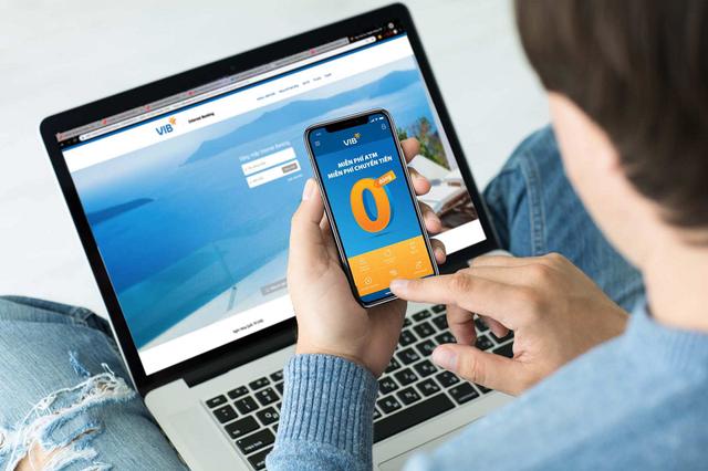 Rút tiền ATM và chuyển tiền online miễn phí, tiết kiệm hàng triệu đồng mỗi năm - 1