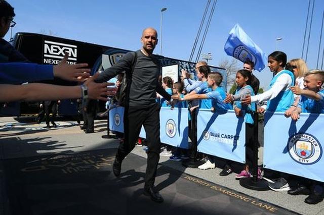 Man City 1-0 Tottenham: Bàn thắng ra mắt của tài năng trẻ Foden - 15
