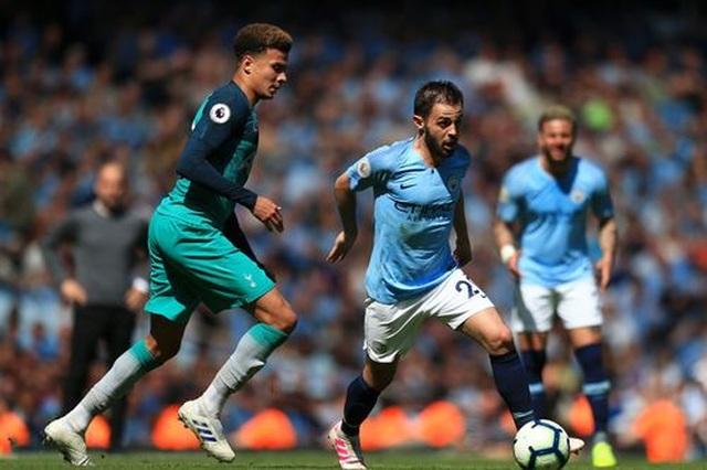 Man City 1-0 Tottenham: Bàn thắng ra mắt của tài năng trẻ Foden - 8