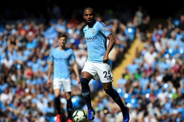 Man City 1-0 Tottenham: Bàn thắng ra mắt của tài năng trẻ Foden - 5