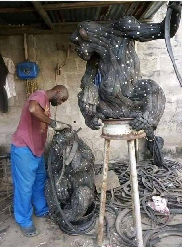 Nghệ thuật từ... những chiếc lốp xe - 8