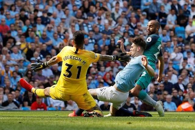 Man City 1-0 Tottenham: Bàn thắng ra mắt của tài năng trẻ Foden - 2