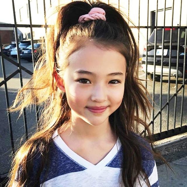 3 người mẫu nhí được mệnh danh bé gái đẹp nhất thế giới - 3