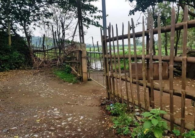 Lập hàng rào ngăn không cho du khách vào tham quan động Tiên Sơn - 4