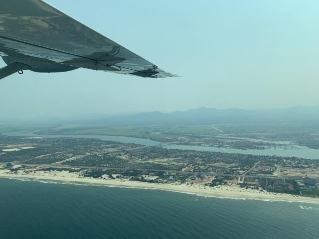 Tháng 5 này sẽ có dịch vụ bay ngắm Di sản Phong Nha – Kẻ Bàng - 2