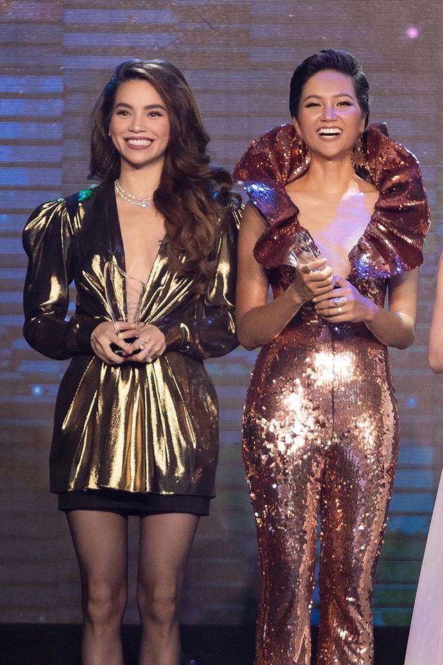 Hhen Niê biến tấu chiếc váy cũ từng gây tranh cãi tại Miss Universe - 8