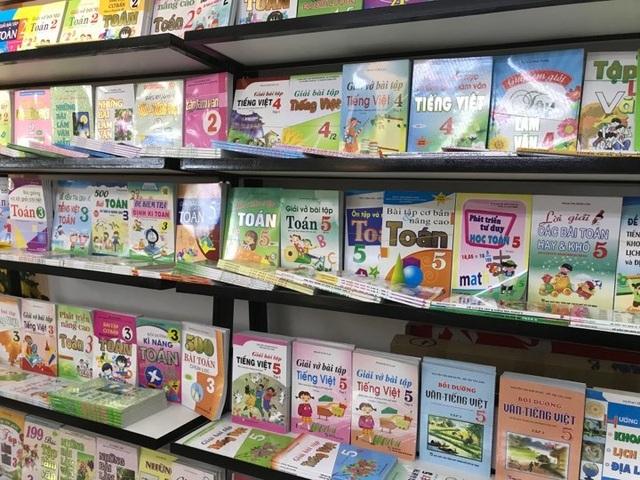 Giật mình: Người Việt toàn đọc... sách giáo khoa - 1