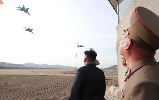 Chiến lược cương nhu linh hoạt của ông Kim Jong-un trên bàn cờ với Mỹ - 2
