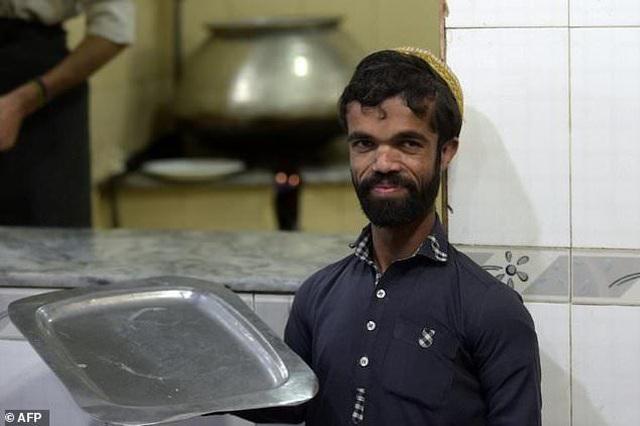 """Bất ngờ tìm thấy """"người anh em thất lạc"""" của Tyrion Lannister ở... Pakistan - 3"""