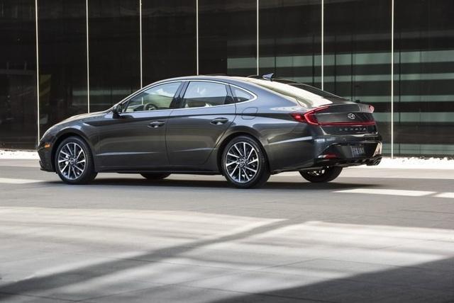 Hyundai xác nhận sẽ ra mắt phiên bản Hybrid và tính năng vận hành cao cho Sonata - 3