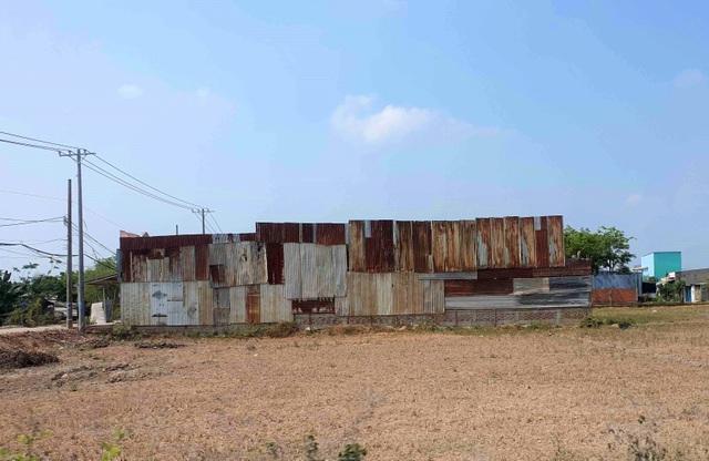 Hàng trăm ha đất cấm bị xẻ thịt tại TP.HCM: Nhà không phép ồ ạt mọc thế nào? - 7