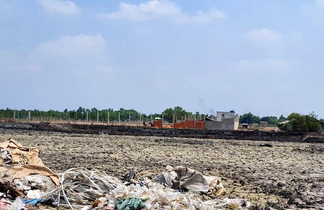 Hàng trăm ha đất cấm bị xẻ thịt tại TP.HCM: Nhà không phép ồ ạt mọc thế nào? - 3