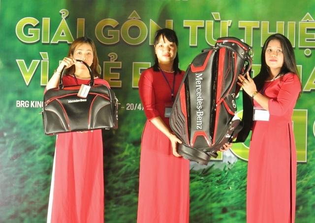 Giải golf từ thiện vì trẻ em trao tặng 500 triệu đồng cho Quỹ Khuyến học Việt Nam - 3