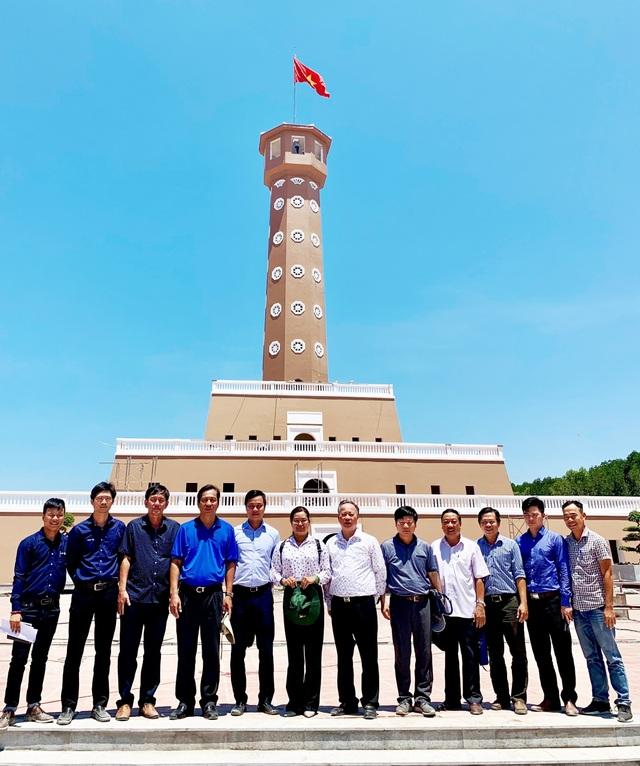 Cột cờ Hà Nội ở Mũi Cà Mau đang dần hoàn thiện - 3