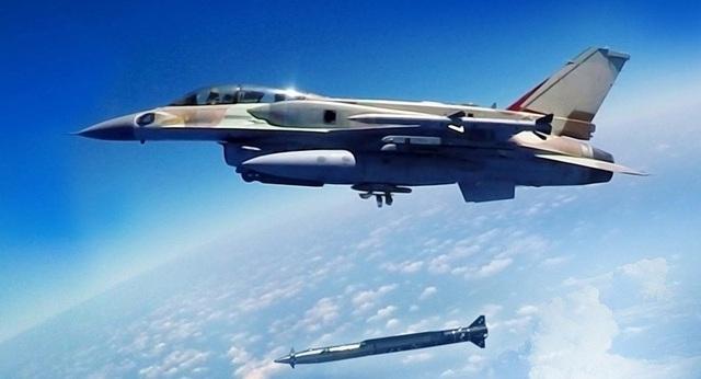 """Hé lộ tên lửa Israel đủ sức vượt mặt """"rồng lửa"""" S-300 của Nga tại Syria - 1"""
