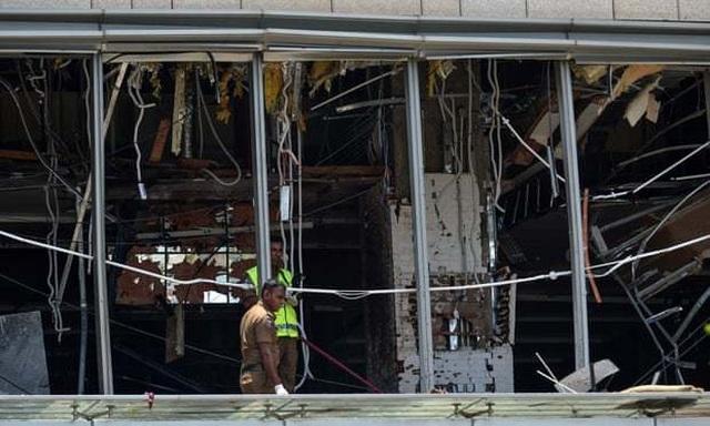 8 vụ đánh bom liên tiếp nhằm vào nhà thờ, khách sạn Sri Lanka, 207 người chết - 14