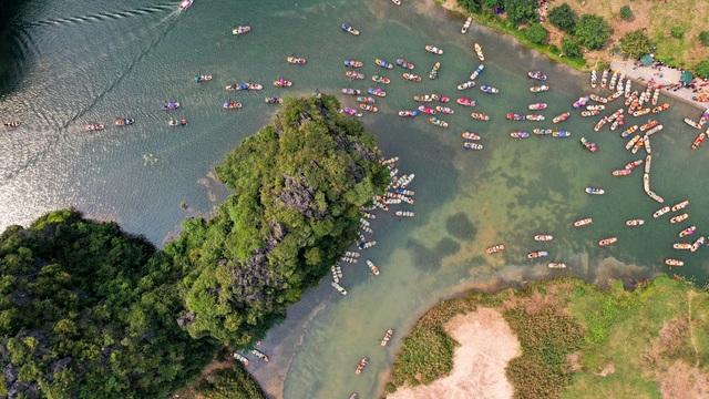 Ninh Bình: Hàng nghìn người dự lễ hội Tràng An - 13