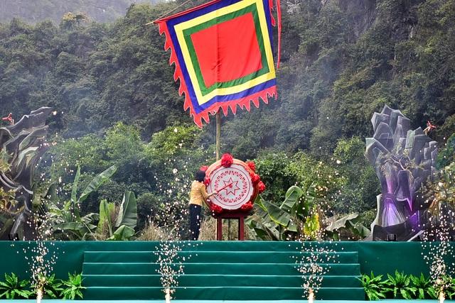 Ninh Bình: Hàng nghìn người dự lễ hội Tràng An - 12