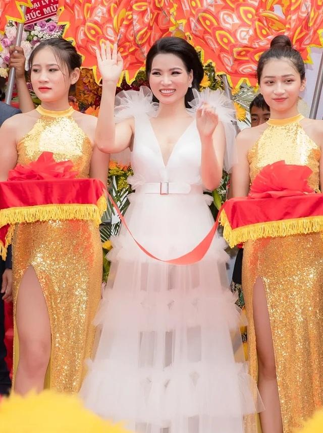 Hoa hậu Thùy Dung khánh thành nhà máy tại TPHCM - 1