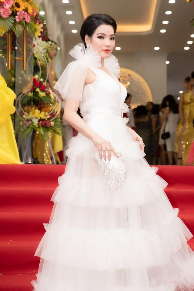 Hoa hậu Thùy Dung khánh thành nhà máy tại TPHCM - 2