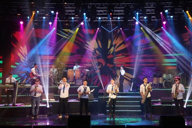 Yellow Star giành giải Xuất sắc dành cho ban nhạc có phong cách biểu diễn ấn tượng - 2