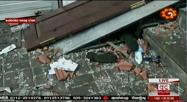 Giây phút kinh hoàng trong vụ đánh bom đẫm máu làm 290 người chết ở Sri Lanka - 8