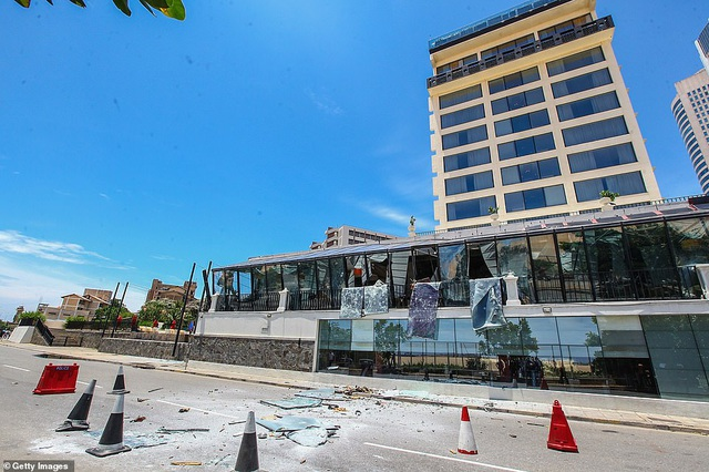 Giây phút kinh hoàng trong vụ đánh bom đẫm máu làm 290 người chết ở Sri Lanka - 3