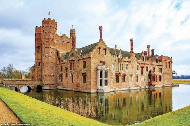 Khám phá những lâu đài đẹp nhất thế giới - 14