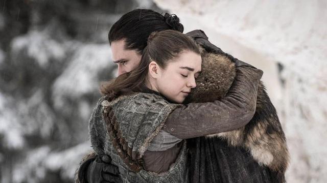 """Cảnh """"nóng"""" của Arya Stark khiến """"khổ chủ"""" cũng... sốc - 7"""