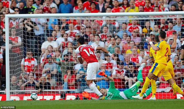 Nhìn lại trận derby thua đắng của Arsenal trước Crystal Palace - 18