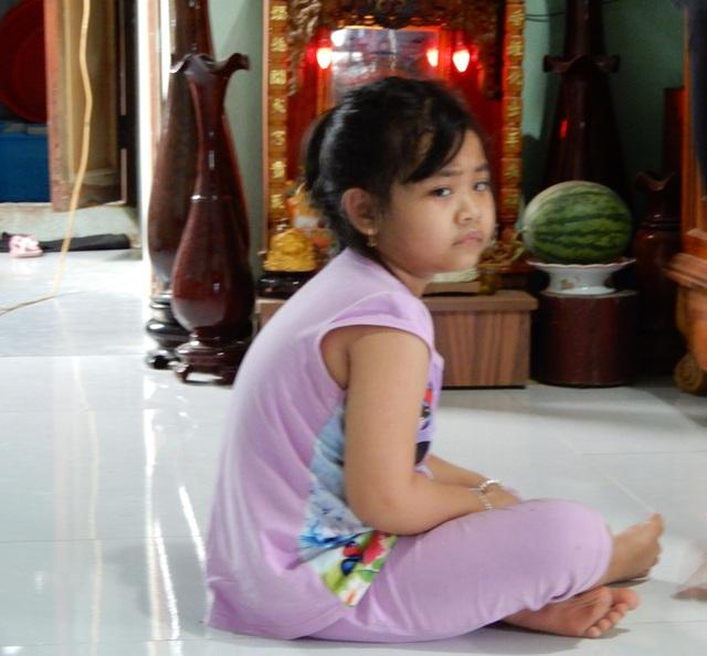 Thắt lòng gia cảnh bé gái 6 tuổi mắc bệnh ung thư máu, bố đột ngột qua đời! - 5