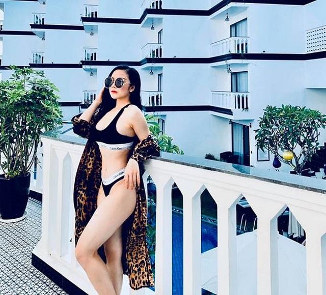 Bộ ảnh bikini của các hot girl Nóng cùng World Cup - 11