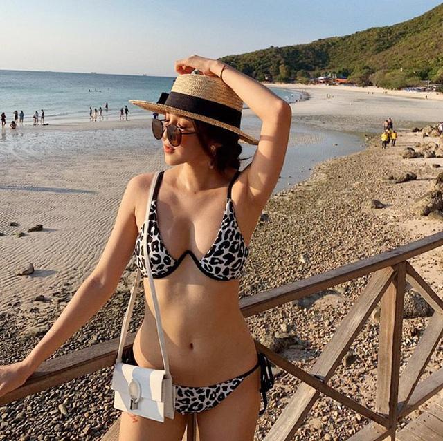 Bộ ảnh bikini của các hot girl Nóng cùng World Cup - 15