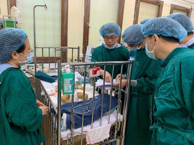 Ca ghép gan cho bệnh nhi nhỏ tuổi, có cân nặng thấp nhất được thực hiện tại Việt Nam - 1