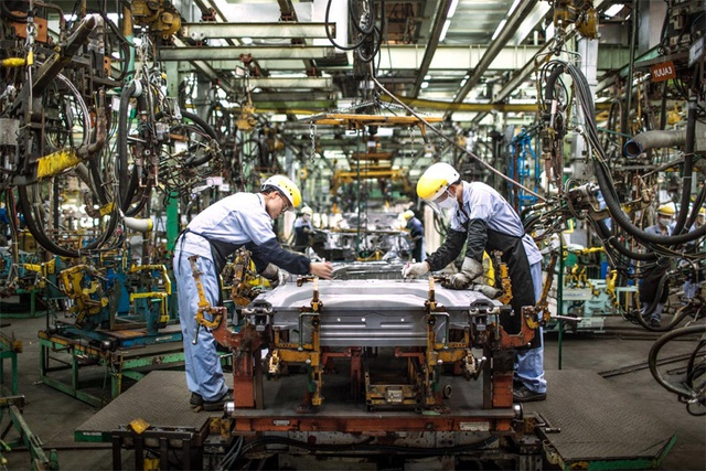 Hàng loạt ưu đãi lớn: Chờ thời điểm ô tô giảm giá sâu - 1